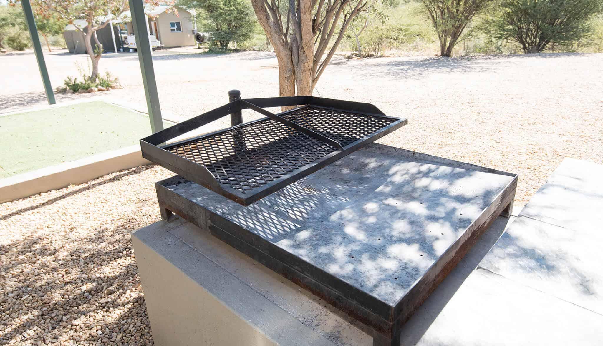 Luxury camping & caravanning sites | Braai facilities | Camping & caravanning sites in Windhoek | Arebbusch Travel Lodge