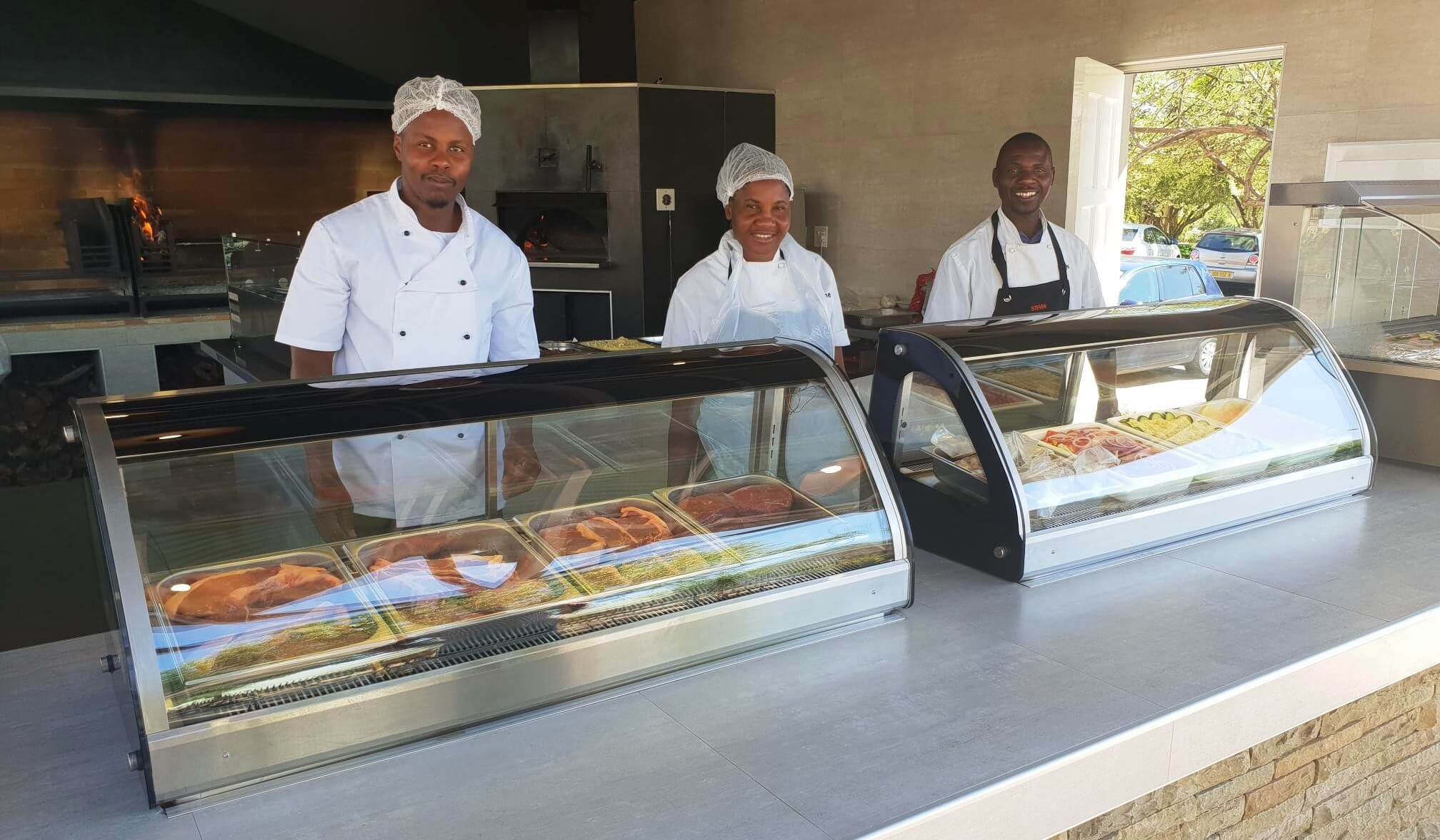 Arebbusch Travel Lodge Pizzeria & Grill | Pizzeria & Grill in Windhoek, Namibia